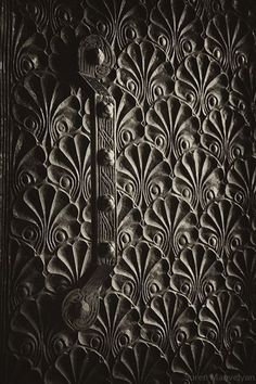 Photographs of very old Armenian doors featuring traditional Armenian symbols and a rich culture of wood carving. Taken by the very talented Suren Manvelyan Old Doors, Windows And Doors, Antique Doors, Armenian Culture, Door Detail, Knobs And Knockers, Art Sculpture, Photography Gallery, Architecture Details