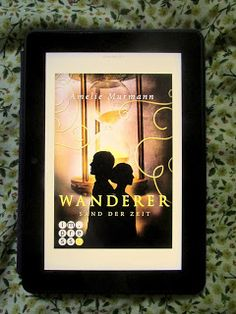 Sometimes It's Wonderland.: [Rezension] Amelie Murmann - Wanderer, Sand der Ze...