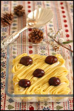 さつまいもと甘栗で型なし簡単モンブラン | ビジュアル系フード Waffles, Food And Drink, Menu, Sweets, Cream, Cooking, Japanese Desserts, Breakfast, Cake
