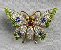 Edwardian Demantoid Garnet, Sapphire, Spinel, and Diamond Butterfly Pendant/Brooch. What a fun way to use up all those old stones just sitting in a drawer. Insect Jewelry, Butterfly Jewelry, Butterfly Pendant, Animal Jewelry, Edwardian Jewelry, Antique Jewelry, Vintage Jewelry, Diamond Brooch, Art Nouveau