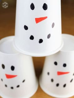 Snowman bowling is a simple winter holiday game for classroom holiday parties. Check out this list of the Best Winter-Themed Classroom Party Activities for your elementary classroom or for a winter party at home! Fun activities that you can enjoy during a Christmas party or wintertime party. A variety of crafts and games to keep elementary aged kids busy. The best classroom games for a winter party or holiday party! #winterparty #classroompartyactivities #snowmangames #snowmanparty Holiday Parties, Winter Parties, Holiday Games, Winter Holidays, Party Activities, Party Games, Activities For Kids, Christmas In July, Christmas Gifts