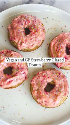 Fun Baking Recipes, Donut Recipes, Sweets Recipes, Vegan Recipes, Cooking Recipes, Healthy Donuts, Healthy Sweets, Vegan Snacks, Vegan Treats
