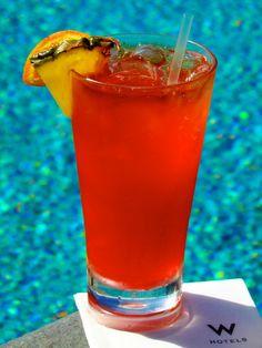 EL BORICUA - Don Q Silver / coconut water / passion fruit / lime / Passoa float