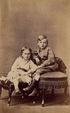Brother and Sister cdv by J.M. Elliott, Columbus, OH.,  c. 1861-1865