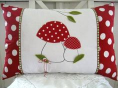 Creative Make A Pillow Or Cushion Ideas. Awe-Inspiring Make A Pillow Or Cushion Ideas. Applique Cushions, Cute Cushions, Cute Pillows, Baby Pillows, Sewing Pillows, Applique Quilts, Throw Pillows, Sewing Crafts, Sewing Projects