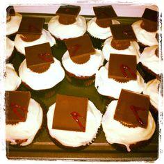 Red Velvet Grad Cupcakes