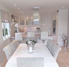 Top Home Interior Design Home Decor Kitchen, Kitchen Interior, Home Interior Design, Home Kitchens, Küchen Design, Design Ideas, Dining Room Design, Dining Rooms, Dining Chairs