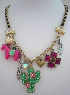 BETSEY JOHNSON FLIGHT OF FANCY HORSE FLOWER CACTUS BOWS CHAIN NECKLACE NEW