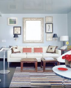 3 tricks for enlarging a tiny space3 tricks for enlarging a tiny space Small-space dwellers, these tips will make you feel like you're living in a mansion (ok, sort of). 1. shine on. Mirrors can make a space feel bigger–and so can high-gloss oil-base paint. 2. open up. Replace upper kitchen cabinets with floating shelves and your cooking spot will feel a whole lot bigger. 3. hit the walls. Have a little hope with the bathroom. Install a pedestal sink and stick to wall-hung fixtures for…