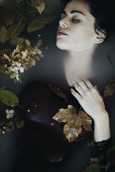 Monia Merlo photography #ophelia #inspiration