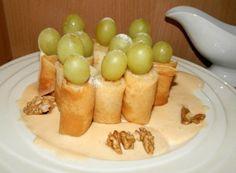 Extra rychlé česnekové placky plněné sýrem, perfektní jako náhrada pečiva na grilovačku! | NejRecept.cz Kefir, Nutella, Pudding, Eggs, Fruit, Vegetables, Breakfast, Sweet, Food