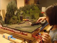 "Mt. Coffin & Columbia River - 23""x41"" n-scale layout 