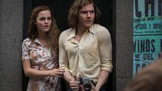 Emma Watson est prête à tout pour sauver Daniel Bruhl, enlevé pendant le coup d'état au Chili de Pinochet dans le thriller Colonia.