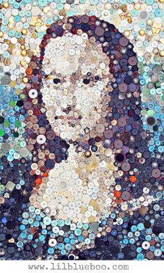 The Mona Lisa button art collage - art by Ashley Hackshaw (Lilblueboo), via Tú Lisa, yo Conda