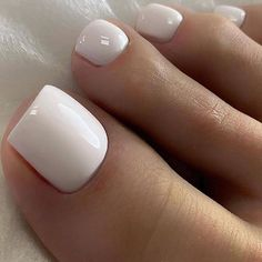 23 Clear Acrylic Nails That Are Super Trendy Right Now Gel Toe Nails, Acrylic Toe Nails, Gel Toes, Manicure And Pedicure, French Manicure Toes, French Pedicure, Pretty Toe Nails, Cute Toe Nails, Pretty Toes