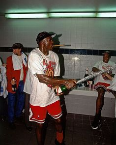 cheap for discount a2bbe 321ab On this date in 1998, Michael Jordan and the  chicagobulls clinched their  sixth
