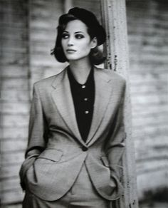 Visual Merchandiser, styling and still life designs Arthur Elgort, Christy Turlington -True gentlewoman Linda Evangelista, Christy Turlington, Fashion 90s, Foto Fashion, Vintage Fashion, High Fashion, Estilo Dandy, Classic Hollywood, Vintage Clothing