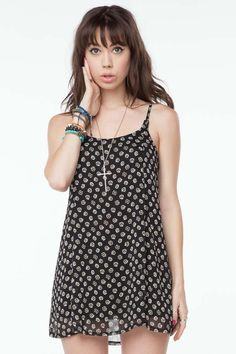 Brandy Melville Daisy Dress