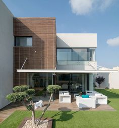 Luxury Home in Bat Hadar by BLV Design/Architecture (1)
