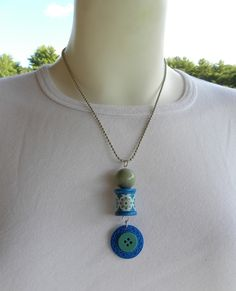blue and green handmade spool jewelry from allsey.etsy.com
