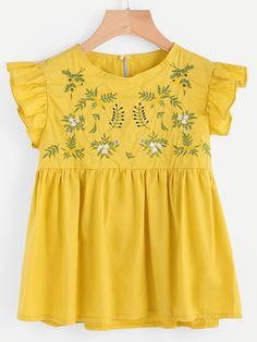 To find out about the Embroidery Ruffle Sleeve Smock Blouse at SHEIN, part of our latest Blouses ready to shop online today! Cute Fashion, Kids Fashion, Fashion Outfits, Blouse Jaune, Pretty Outfits, Cute Outfits, Whimsical Fashion, Embroidered Clothes, Ruffle Sleeve