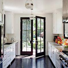 Interior design inspiration photos by Architectural Digest - Page 1 Architectural Digest, Kitchen Interior, New Kitchen, Kitchen Decor, Galley Kitchen Design, Kitchen Ideas, Small Galley Kitchens, Kitchen Images, Room Interior