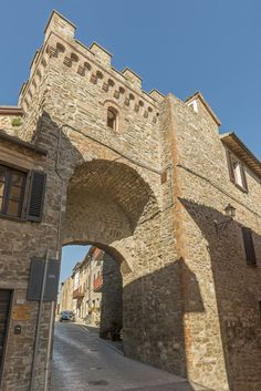 Ingresso al castello | Entrance to the castle | www.infoaltaumbria.it | #AltaUmbria #Umbria | © Alta Umbria 2015