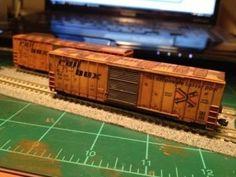 Model Railroading How-to: Weathering Model Train Cars – Model Trains Weather Models, Escala Ho, Ho Model Trains, Model Training, Hobby Trains, Rolling Stock, Model Train Layouts, Train Car, Trains