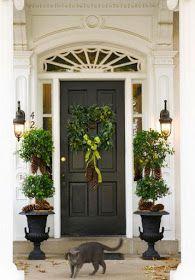 60 Welcoming Christmas Entryway Decoration For Your Home Front Door Makeover, Front Door Decor, Front Porch, Front Entry, The Doors, Entrance Doors, Front Doors, Door Entryway, Luxury Interior Design