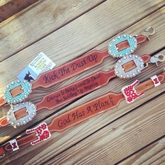 Magics custom tack wither straps kick the dust up like Bryan god has a plan courage is being scared to death but saddling up anyway john Wayne www.magicscustomtack.com horse rider gift idea