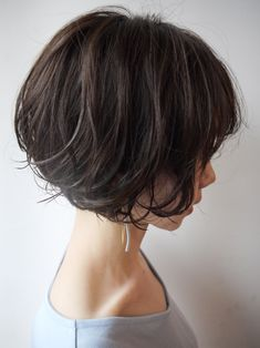 Pin on 美容院 Pin on 美容院 Bobbed Hairstyles With Fringe, Messy Bob Hairstyles, Asian Short Hair, Short Hair Cuts, Asian Bob Haircut, Medium Hair Styles, Curly Hair Styles, Short Grunge Hair, Girls Short Haircuts