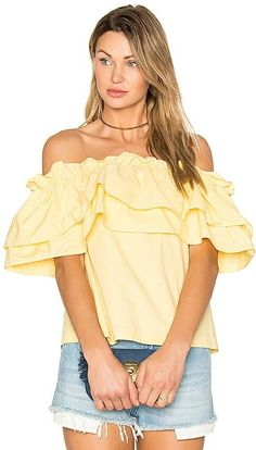 Ruffle Off Shoulder Top Fashion Trend - Ruffles #SpringOutfits #CuteOutfits #FashionTrends #newyorkfashionweek #summeroutfits #ad #coachella