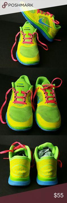 NIKE FREE RUN 3.O NIKEID WOMEN SHOES VERY CLEAN INSIDE-OUT   CUSTOM NIKEID   SKE # MC NIKE Shoes Athletic Shoes
