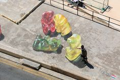 Fun 3D Optical Illusion Paintings Of 'Squishy' Giant Gummy Bears - DesignTAXI.com