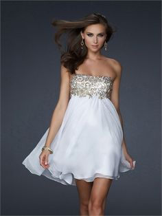 Short Strapless Straight Neckline Appliqued A-line Chiffon Prom Dress PD1213 www.tidedresses.co.uk $146.0000