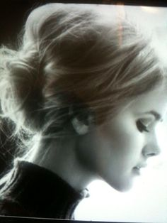 Idea for hair. Session Styling course in May to create the perfect photo shoot!
