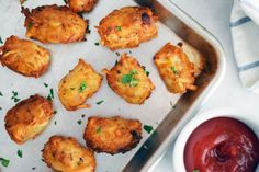 Homemade Tater Tots Are so Much Better Than the Mass-produced, Prepackaged Frozen Potato tator tots _ga- as usual, and in this recipe you can use frozen shredded hash browns or use your own fresh shred. Potato Tots, Potato Sides, Potato Side Dishes, Vegetable Side Dishes, Kitchen Recipes, Cooking Recipes, Vegan Recipes, Homemade Tater Tots, Tater Tot Recipes