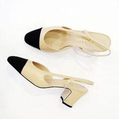 One of our most loved new arrivals! Perfect #ChanelSlingbacks get 'm before they're gone!