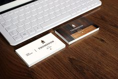 http://thomsoon.com/9-free-business-card-mockup-psd-download-free.html