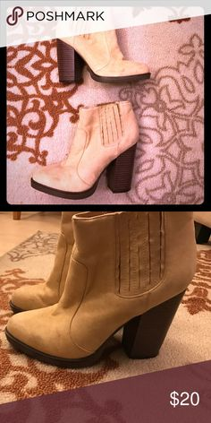 Zara camel color boot Zara camel color thick heel boot Zara Shoes Ankle Boots & Booties