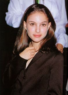 Natalie Portman Young, Nathalie Portman, The Professional Movie, Pretty People, Beautiful People, The Other Boleyn Girl, Gal Gadot, Queen, Beautiful Actresses