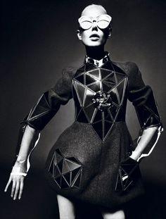 avant garde fashions | Architectural fashion