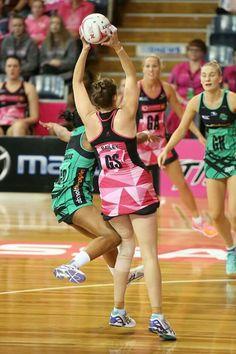 Netball, Sport Fashion, Beautiful People, Competition, Sportswear, Basketball Court, Costumes, Legs, Female