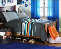 lime green and navy striped bedding | ... , Blue & Green Boys Striped Full Comforter Set (8 Piece Bed In A Bag