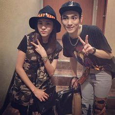 "2NE1's Sandara Park (Dara) and SHINee's Key recently showed off their close friendship with cute snapshots. On July 9, Key shared through his personal Instagram and Weibo accounts, ""Dara and Key~! Long time no see and thanks for comin ~<3 'Chess' visit proof shot,"" along with a photo of the two o..."
