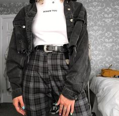 𝑆𝑐𝑟𝑒𝑤 𝑢 discovered by 𝑴𝒓 𝒂𝒏𝒈𝒆𝒍𝒐 on We Grunge Outfits discovered 𝑢 𝑴𝒓 𝕬𝖓𝖌𝖊𝖑 𝒂𝒏𝒈𝒆𝒍𝒐 Indie Outfits, Cute Casual Outfits, Boho Outfits, Girl Outfits, Fashion Outfits, Fashion Belts, Womens Fashion, Grunge School Outfits, Suspenders Fashion