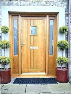 24 Super Ideas for farmhouse front door colors garage Timber Front Door, Wooden Front Door Design, Modern Front Door, Wooden Front Doors, House Front Door, Oak Doors, Entry Doors, Hardwood Front Doors, House Doors