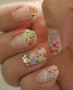 These are sooo pretty!!  I love this design so summer !! <3