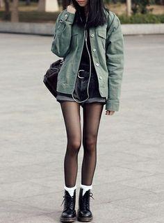 Black Doc Martens Outfit