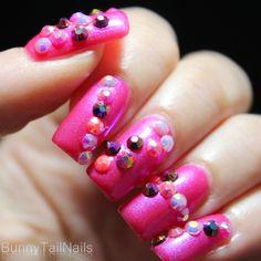 Saffron 47: BunnyTailNails: Sanna Tara Nail Art – Saffron 34 + 47 Pretty in Pink